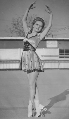 Gloria Nord, headliner of the Skating Vanities skating show of the 1940s.   From the National Museum of Roller Skating.