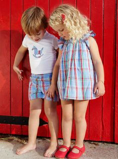 Neck and Neck moda niños Boy Girl Twin Outfits, Boy Girl Twins, Boy Or Girl, Twin Babies, Cute Babies, Baby Kids, Outfits Niños, Kids Outfits, Toddler Fashion