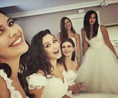 meral, cemre, and söngül resmi Turkish Women Beautiful, Turkish Beauty, African Prom Dresses, Egyptian Actress, Turkish Fashion, Stylish Girl Images, Short Curly Styles, Female Actresses, Best Friends Forever
