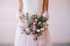 La Creativa Mirada de The Love and Roll - Diario de una Novia Bridesmaid Dresses, Wedding Dresses, Love, Fashion, Bridal Gowns, Indie Photography, Photo Style, Types Of Photography, Daytime Wedding