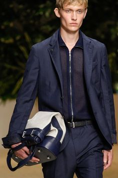 Salvatore Ferragamo Spring 2018 Menswear Fashion Show Details