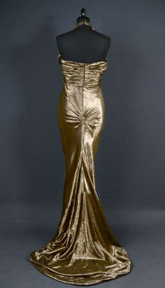 Glam Vintage 1930s Hollywood Siren gold lame dress - back