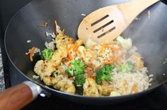 Well hello there you healthy beauty! Curried Chicken CoconutStir Fry @Luisana Suegart