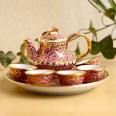 ベンジャロン焼 ティーセット ピンク – CRAFTS DESIGN Design Crafts, Tea Pots, Tableware, Dinnerware, Tablewares, Tea Pot, Dishes, Place Settings, Tea Kettles