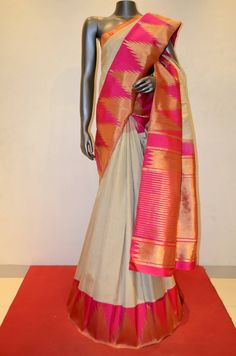 Ivory Traditional Checks Contrast Temple Kanjeevaram Silk Saree Product Code: AB210259 Online Shopping: http://www.janardhanasilk.com/index.php?route=product/product&search=AB210259&description=true&product_id=3969