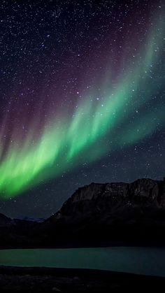 Aurora Night Sky Mountain Space Nature #iPhone #6 #wallpaper