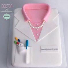 Torta Médico Medellín by Giovanna Carrillo
