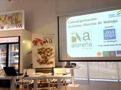 A punto de comenzar la cata-degustación @AlorenaDeMalaga en @ElPimpiMalaga #aloreña2014