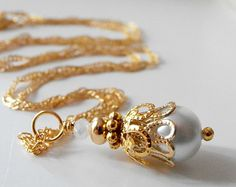 White Bridesmaid Jewelry, White Pearl Pendant Necklace, Bridal Jewelry Sets, White and Gold, Beaded Wedding Jewelry