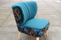 Fotel klubowy koktajlowy uszak PRL lata 50 60   Etsy Armchairs For Sale, Color Turquesa, Velvet Material, Turquoise Color, A Boutique, 50th, Upholstery, Etsy, Club