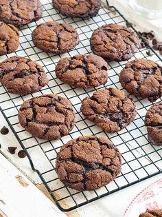 Flourless Chocolate Ginger Cookies
