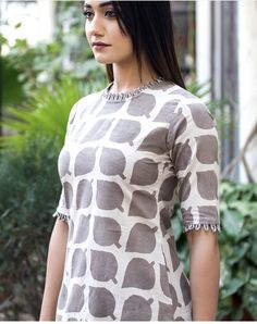 20 Types Of Sleeves For Dresses In Interesting Styles – Fashion Salwar Neck Designs, Churidar Designs, Neck Designs For Suits, Kurta Neck Design, Sleeves Designs For Dresses, Dress Neck Designs, Fancy Blouse Designs, Kurta Designs Women, Neckline Designs