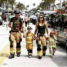 Firefighter Family! Thank you @19rhino81 for sharing! This would be awesome!