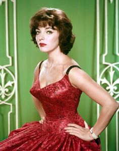 Joan Collins ~ Akimbo and she means business! kn