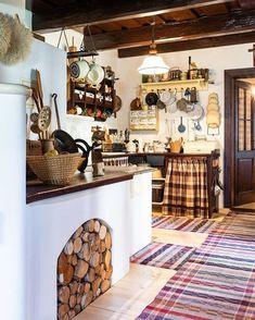 Farmhouse Kitchen Decor, Country Kitchen, Adobe House, Cozy House, Vintage Kitchen, Home Furniture, Kitchen Remodel, Diy Home Decor, Kitchen Design