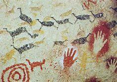 The Altamira cave paintings Art Pariétal, Paleolithic Art, Stone Age Art, Lascaux, Chauvet Cave, Cave Drawings, Art Antique, Aboriginal Art, Ancient Artifacts