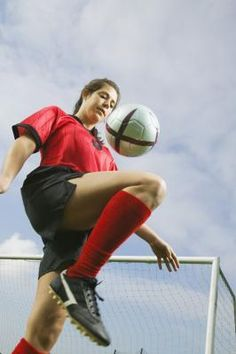 What Types of Exercises or Stretches Prevent ACL & MCL Tears?