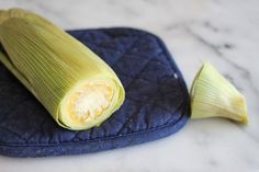 How to Never Shuck Corn Again : 3 Steps (with Pictures) - Instructables Shucking Corn, Corn In The Microwave, Cooking Instructions, Cob, Garlic, Oven, Vegetables, Recipes, Pictures
