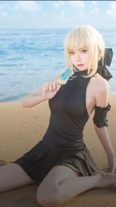 Saber Alter cosplay by Rinn