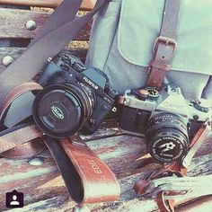 Shoutout to Antoine Edel from France for sharing his gear essentails with his KAWA Pro Strap Classic Lux Brown. Canon | Fujifilm | Vintage | Leather