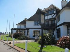 The Cooden Beach Hotel   MARIA YGNACIA MLADAN has just reviewed the hotel The Cooden Beach Hotel in Bexhill - United Kingdom #Hotel #Bexhill  http://www.cooneelee.com/en/hotel/United-Kingdom/Bexhill/The-Cooden-Beach-Hotel/66111