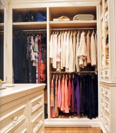 walk in wardrobe/dressing room/closet Master Closet, Closet Bedroom, Closet Space, Walk In Closet, Huge Closet, Girl Closet, Dressing Room Closet, Dressing Rooms, Canadian House