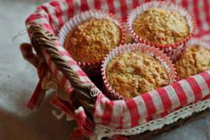 healthy orange and ginger muffins sweetened with agave nectar Dessert Drinks, Desserts, Orange Muffins, Agave Nectar, Quick Bread, Recipe Of The Day, Breakfast Recipes, Treats, Baking