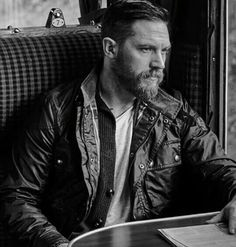 via beardmuscles People who are no good for me Ill simply ignore them ℬℳ Visit for our Bracelet Collection and to be featured Link in our bio ℬℳ Model Tom Hardy Look At You, How To Look Better, Tom Hardy Quotes, Tom Hardy Variations, Don Corleone, My Tom, Moustache, Gorgeous Men, Beautiful Smile