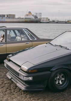 Corolla Ae86, Toyota Corolla, Tuner Cars, Jdm Cars, Car Stuff, Japanese Style, Cars And Motorcycles, Showroom, Wheels