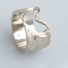 #trouwringen Cuff Bracelets, Rings For Men, Jewelry, Men Rings, Jewlery, Jewerly, Schmuck, Jewels, Jewelery