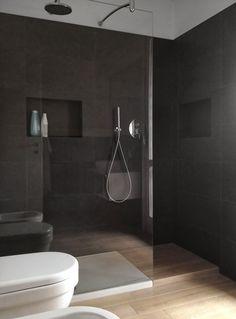 Nicchie nella doccia per sapone & co.