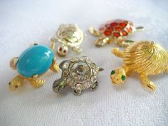 VIntage turtle tortoise brooch lot very old pot metal by triolette, $12.99