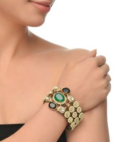 Pearl Bracelet with Emerald Centre-Stone #Jewelry #Fashion #New #Stones #Studded #Ethnic #Indian #Traditional