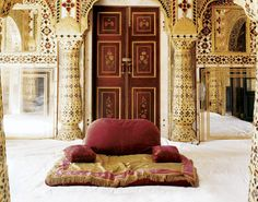 Inside the private palace of the maharaja of Jaipur, in India.  PHOTO: Fernando Bengoechea