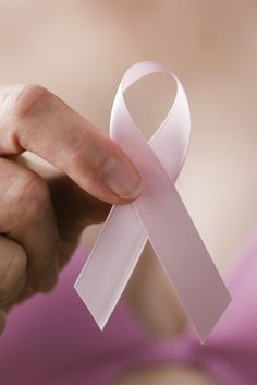 Family History Of Breast Cancer Doesn't Affect Chance Of Successful Treatment For Women With Disease, Study Finds