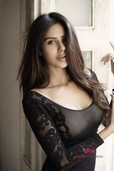 Actress Sonam Bajwa New Stills