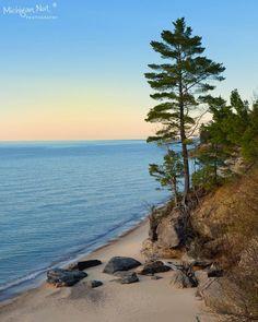 shoreline / Michigan Nut Photography