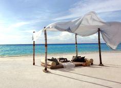 Beach Picnic, Shangri-La Villingili Resort and Spa, Maldives