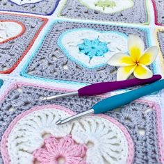 Heart in Bloom Square pattern now available! Pretty heart and flower granny square crochet pattern.