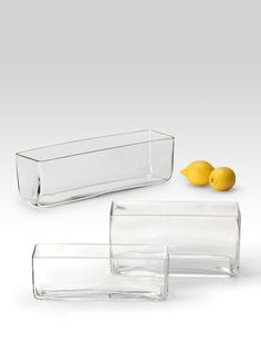 These glass rectangle vases allow for low and modern floral arrangements. Great for floral arrangements or as a container for weddings, parties, or events. Glass Centerpieces, Wedding Table Centerpieces, Glass Vase, Table Wedding, Wedding Decorations, Christmas Centerpieces, Wedding Ideas, Rectangle Vase, Rectangular Planters
