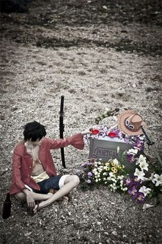 photo in Ace`s death anniversary We mad his tombstone in China. luffy one piece_luffy(Ace`s death anniversary) Luffy Cosplay, Male Cosplay, Cosplay Outfits, Cosplay Costumes, Anime Cosplay, Zoro One Piece, One Piece Manga, Best Cosplay Ever, Kawaii Potato