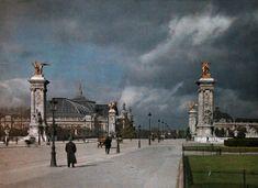 Vivid color photos of 1923 Paris, hub of artistry and progress. The Grand Palais des Champs-Élysées.