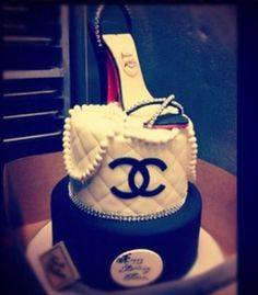 For my upcoming Birthday? Don't mind if I do!  http://beautyloveri.blogspot.de/ IG  beautyloveri