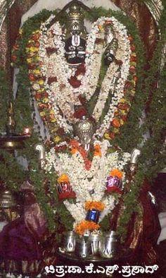 T Narasipura, Gunja Narasimha swamy temple, Mysore, ಗುಂಜಾ ನರಸಿಂಹಸ್ವಾಮಿ ದೇವಾಲಯ ದೇವರು,