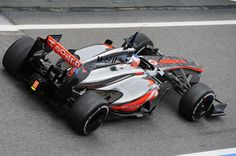 Jensen Button testing the new McLaren in Spain Formula 1® - The Official F1® Website