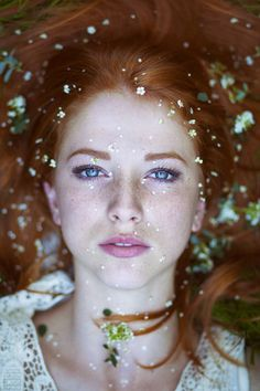 Freckled photo-series by Maja Topčagić captures beauty of red hair and freckles