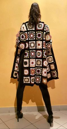 Crochet Boho Coat and matching scarf. Crochet clothing, organic clothing, handmade Crochet Boho Coat and matching scarf. Gilet Crochet, Crochet Coat, Crochet Jacket, Crochet Cardigan, Crochet Shawl, Crochet Clothes, Crochet Granny, Gilet Kimono, Mode Mantel