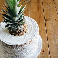 Pineapple Naked Cake | Andrea LeBeau Blog | andrealebeau.blogspot.com #nakedcake #pineapple #cake #baking