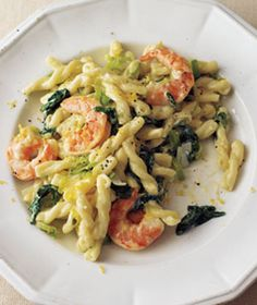 Delicious and Easy!  Shrimp, Leek, and Spinach Pasta|Sautéed leeks, shrimp, and lemon zest mingle with pasta and wilted spinach in a light cream sauce.  Give this dish an even richer and more complex flavor by adding white wine!