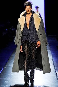 Jean Paul Gaultier Fall 2011 Couture   Paris Haute Couture -   The Fashionisto: The Latest in Fashion from Runway to Print